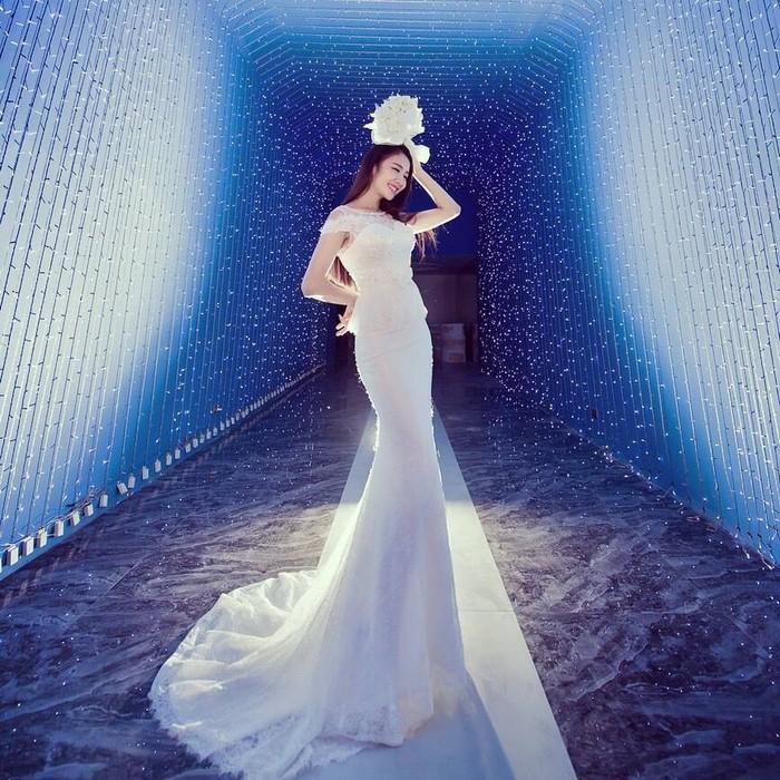 唯美婚纱一组蓝色梦幻的婚纱照